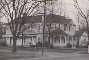 Cummings-Leach-Hammond House (1845/1891)