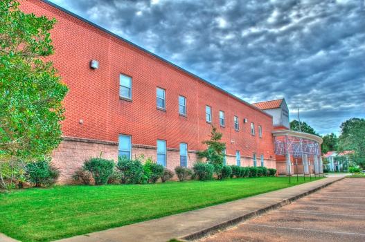 Holly Springs High School (2017)
