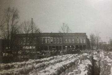 Northeast Square (1900)