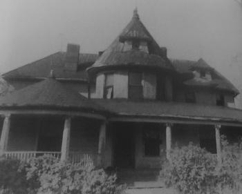Bishop Cottrell House (1905)
