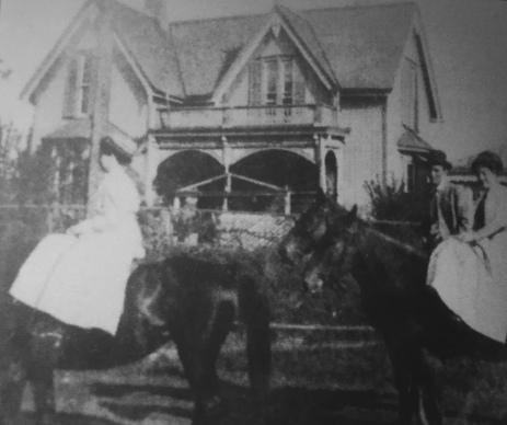 Brodie Crump House (c. 1900)
